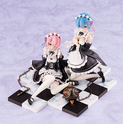 Re:ZERO -Starting Life in Another World- PVC Statue 1/8 Rem & Ram Special Stand Complete Set 16 cm --- DAMAGED PACKAGING